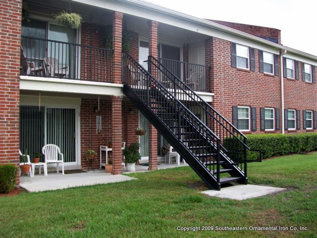 aluminum stair railings exterior
