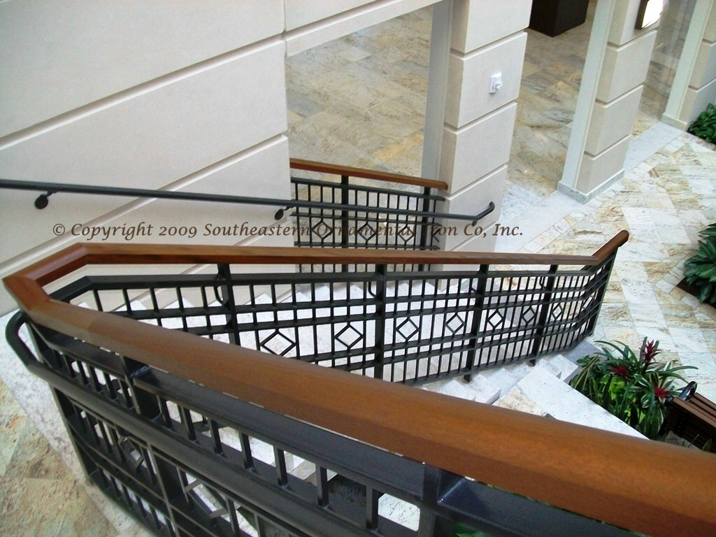 Restaurant Railing Custom Railing Restarant Decorative Resort Railing ...