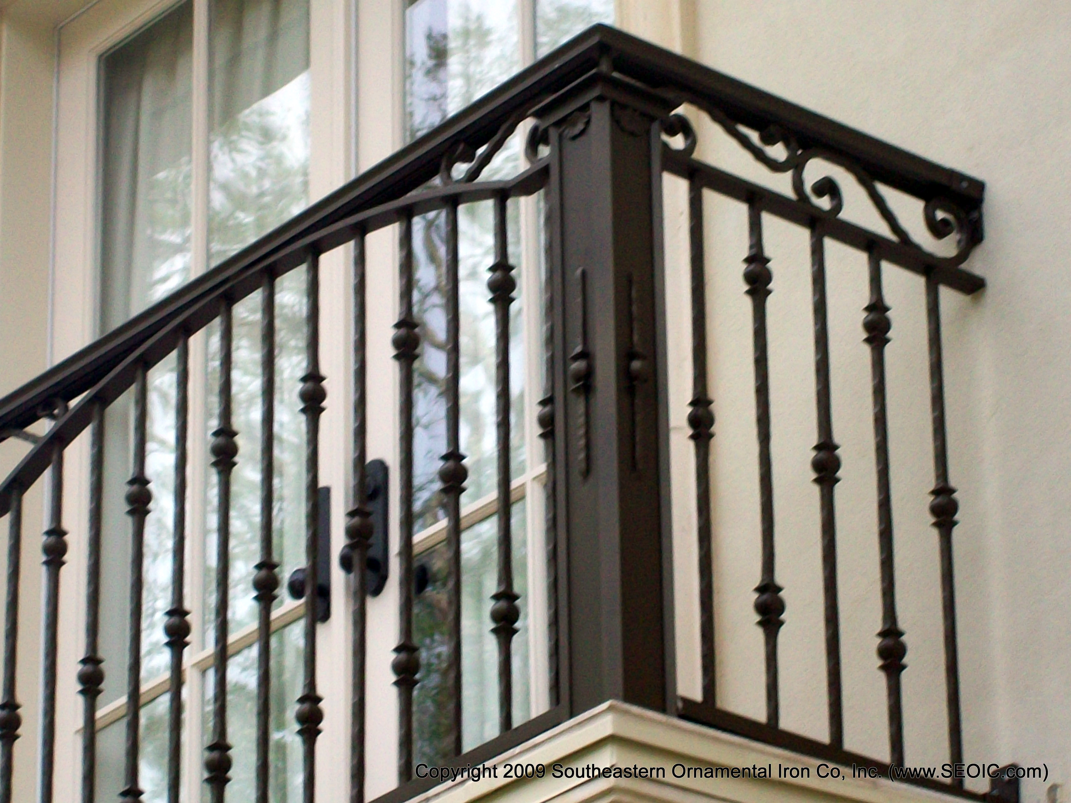 1000 ideas about balcony railing on pinterest iron for Balcony balustrade