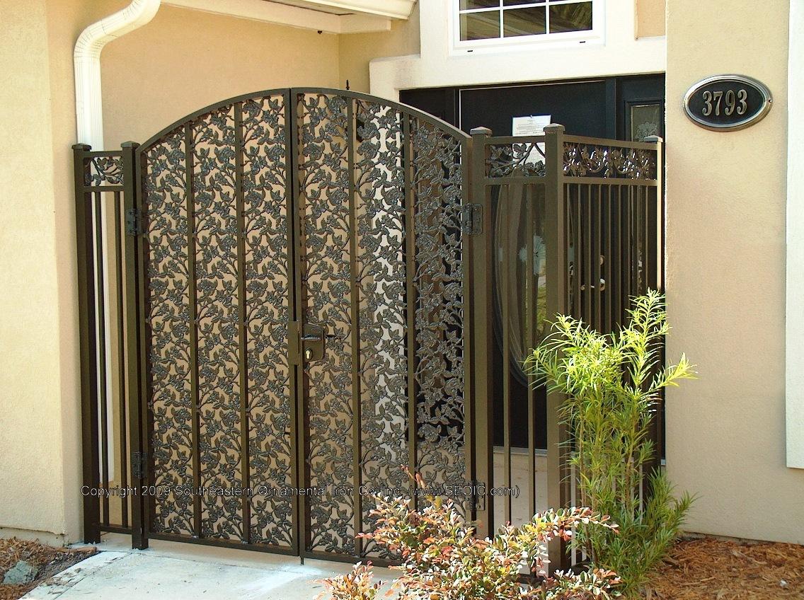 Great ... Custom House Gate (#WG 22) ...